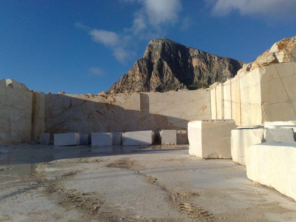 beige perlato sicilia marble quarry located in sicily italy
